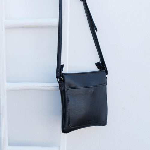 Cross over black leather satchel