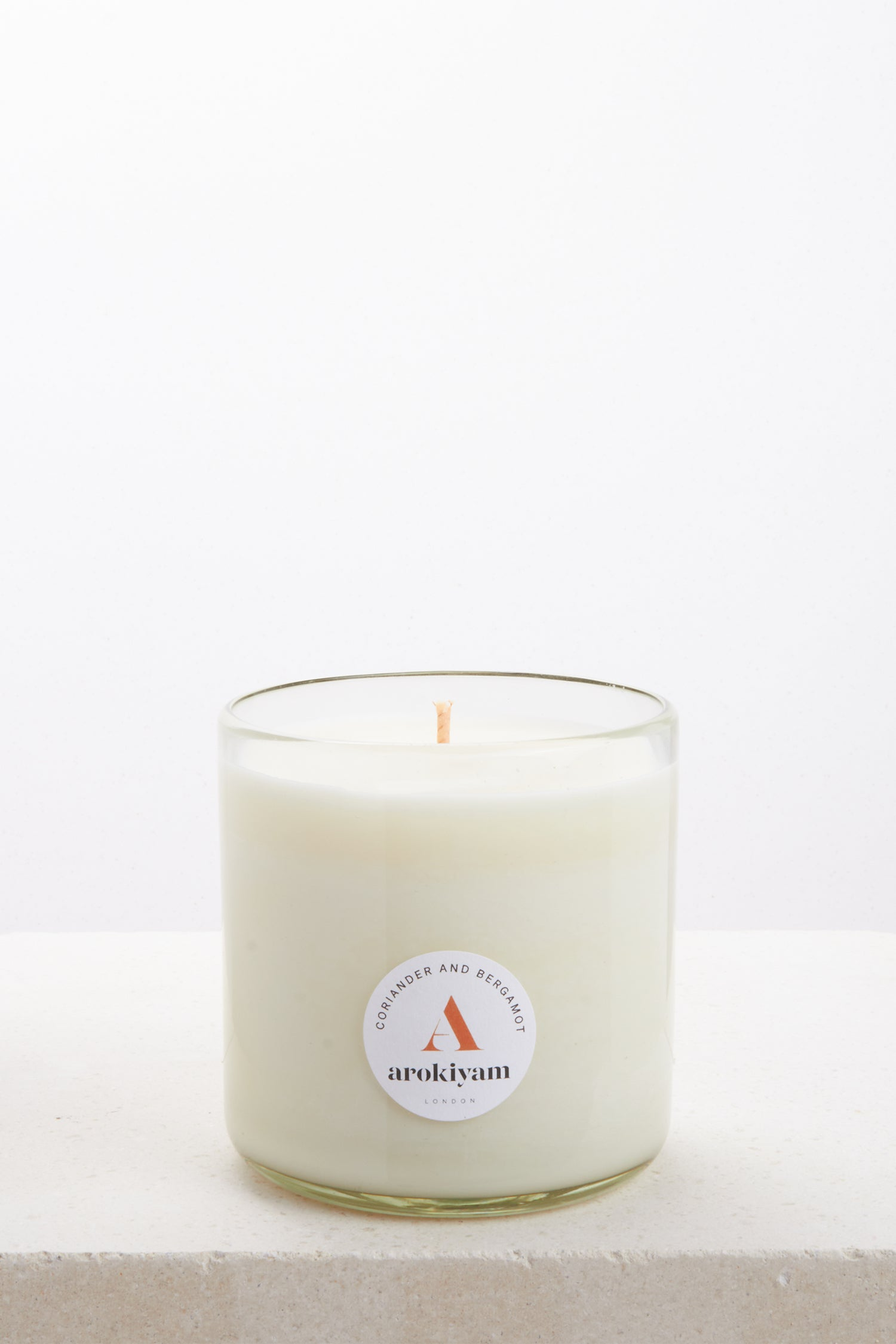 Vegan candle made from a coconut and soy wax and scented with natural coriander and bergamot. Made in London.