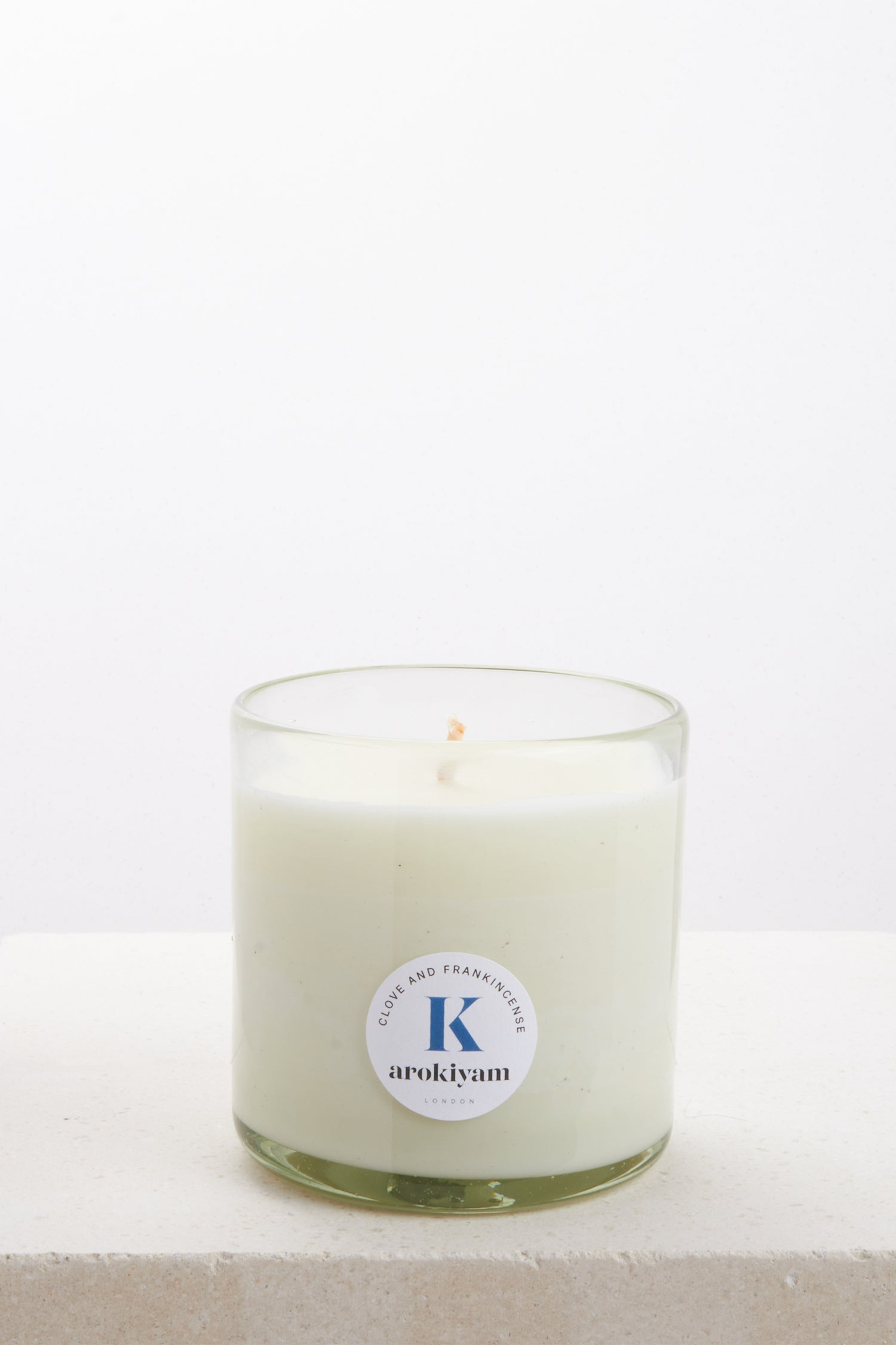 Vegan candle made from a coconut and soy wax and scented with natural clove and frankincense. Made in London.