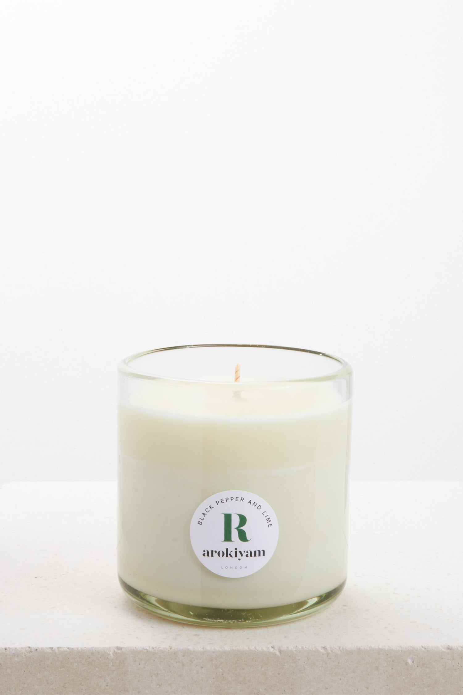 Vegan candle made from a coconut and soy wax and scented with natural black pepper and lime. Made in London.