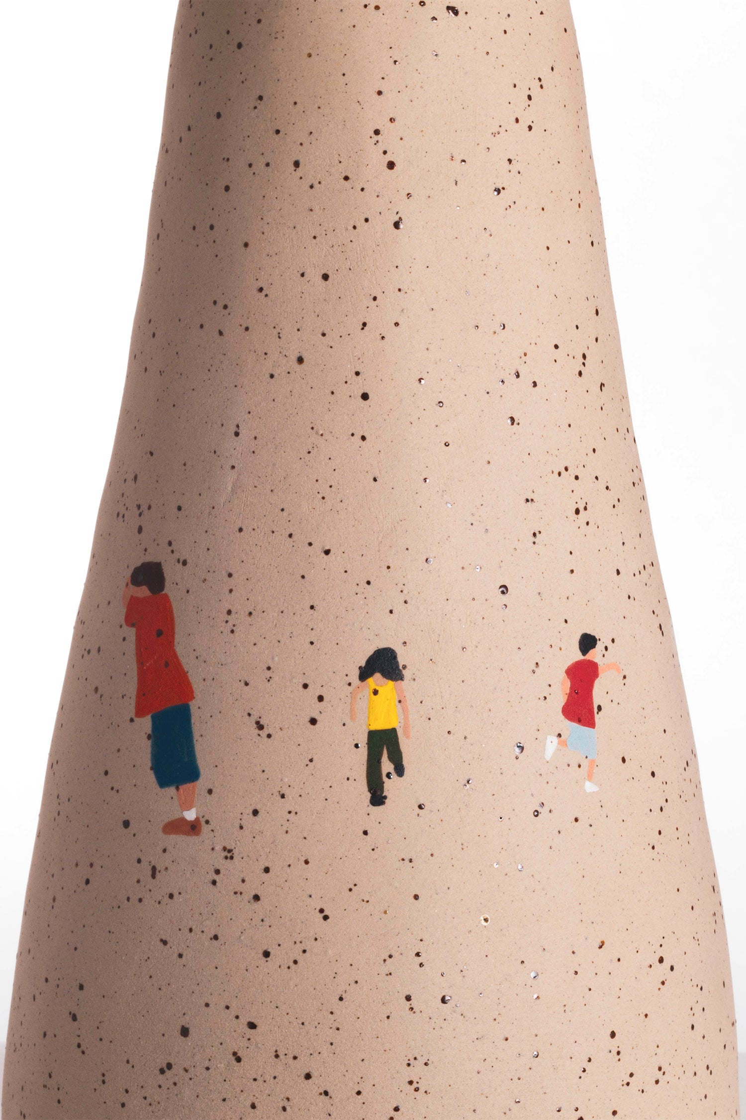 Vase - Natural Clay - Hide and Seek