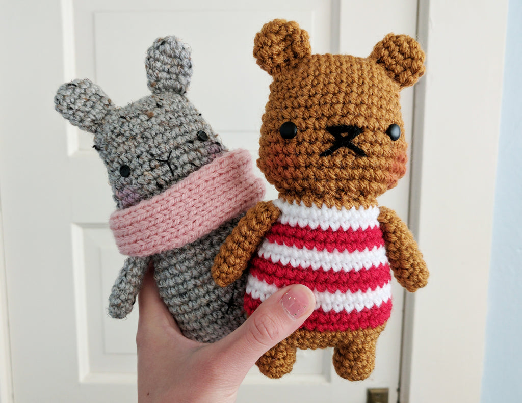 Free Crochet Pattern: chubby striped bear amigurumi (and bunny!)
