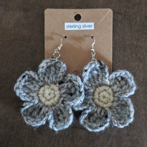 Grey Daisy Flower Earrings