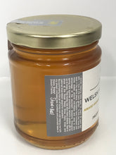 Load image into Gallery viewer, Bee Welsh Honey Company | Beeswax Block UK | Gourmet Foods Online | Welsh Raw | Lime Blossom Chunk Honey | UK Food Gift |