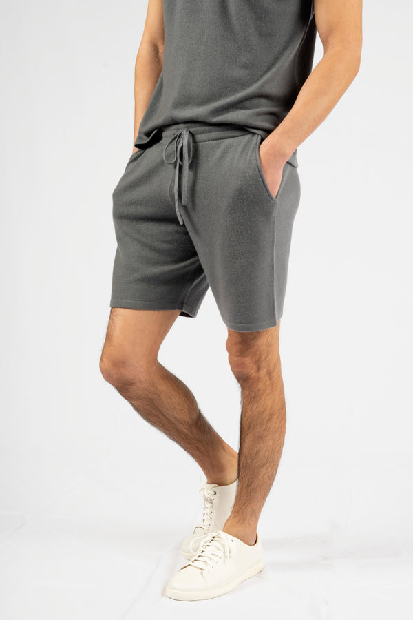 RAFFAELE KNITTED SHORTS.