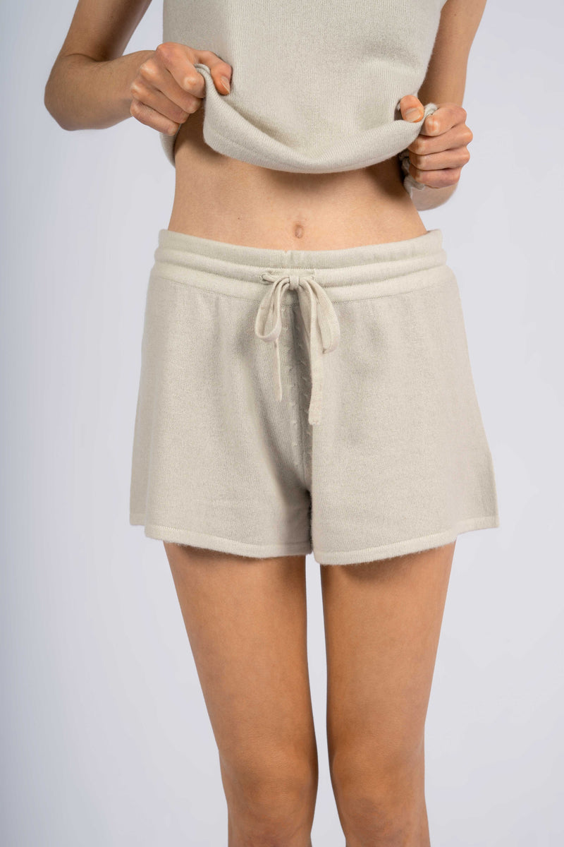IDA KNITTED SHORTS.