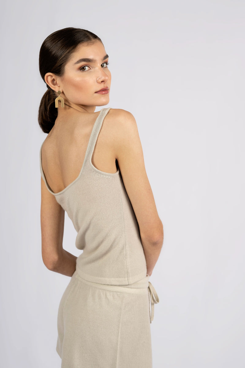 IDA SQUARE NECK TANK TOP.
