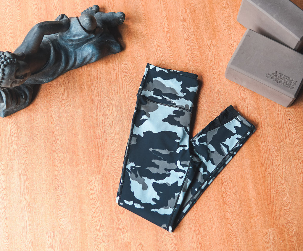 Camo Criss Cross Legging