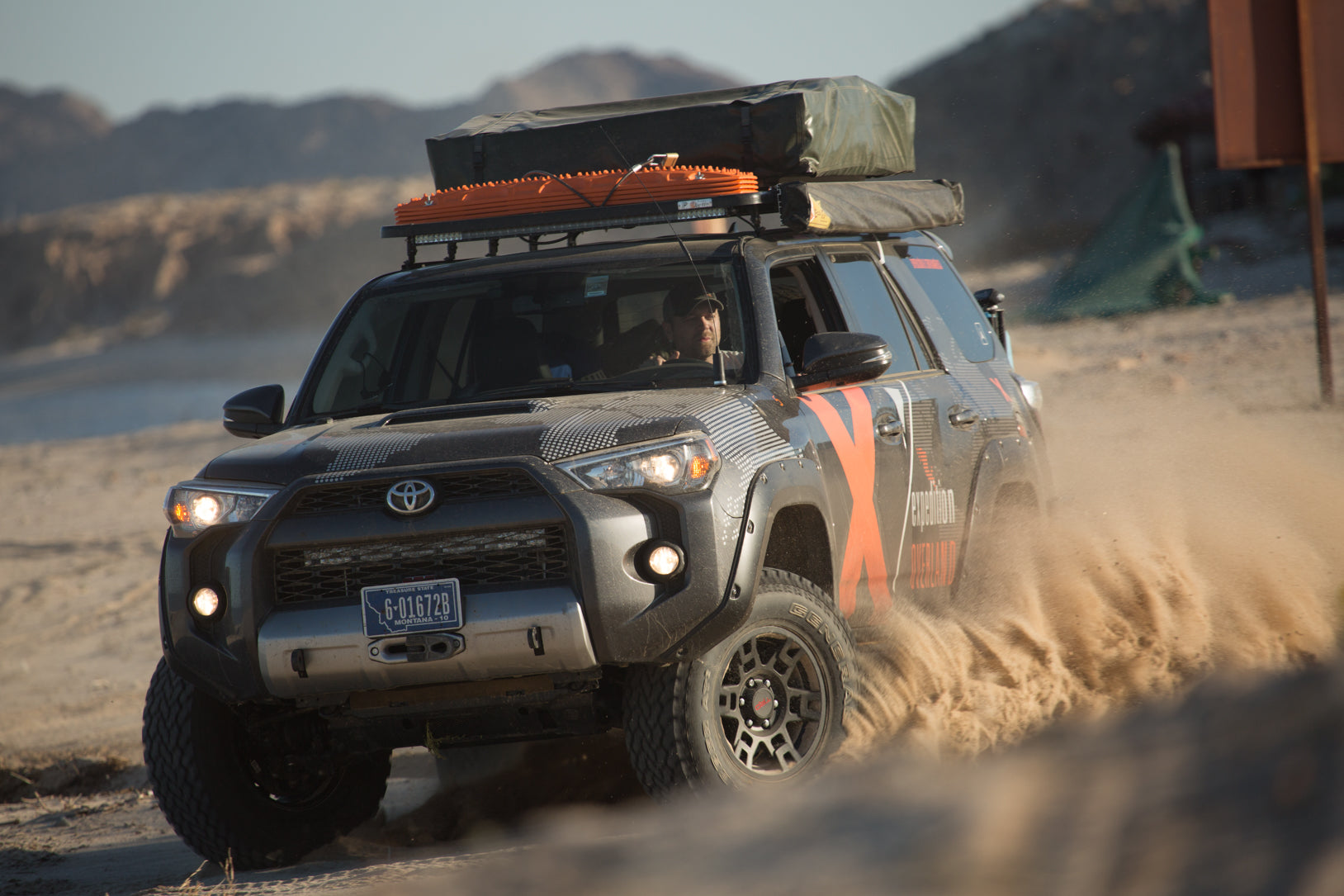 Choosing the Right Roof Rack for Your Adventure Vehicle