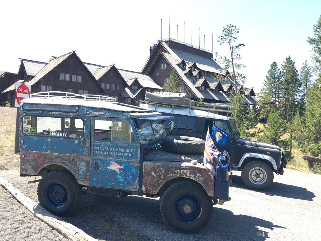 Land Rover in Yellowstone