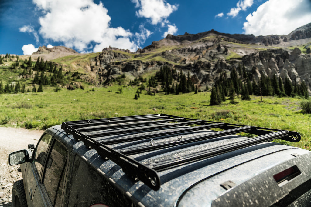 Roof rack and mountain scenery