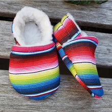 Load image into Gallery viewer, Cozy Sarape Booties