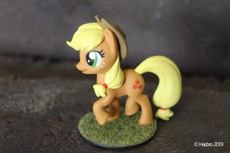 My Little Pony Deep Cuts Unpainted Miniatures:  Applejack