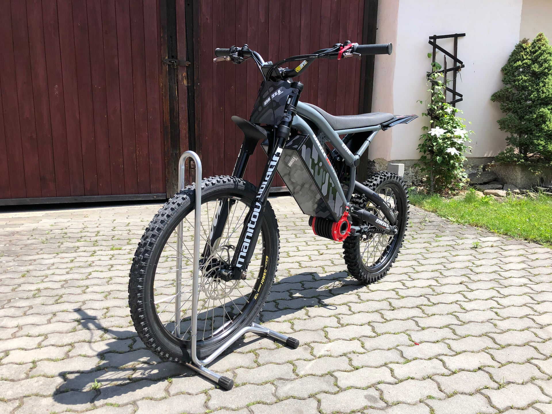 Side View Drill One Electric Dirt Bike For Sale