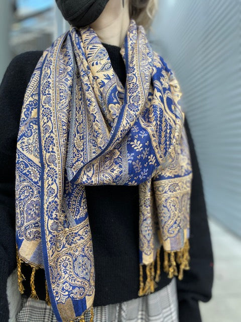 Blue & Cream Ornate Scarf