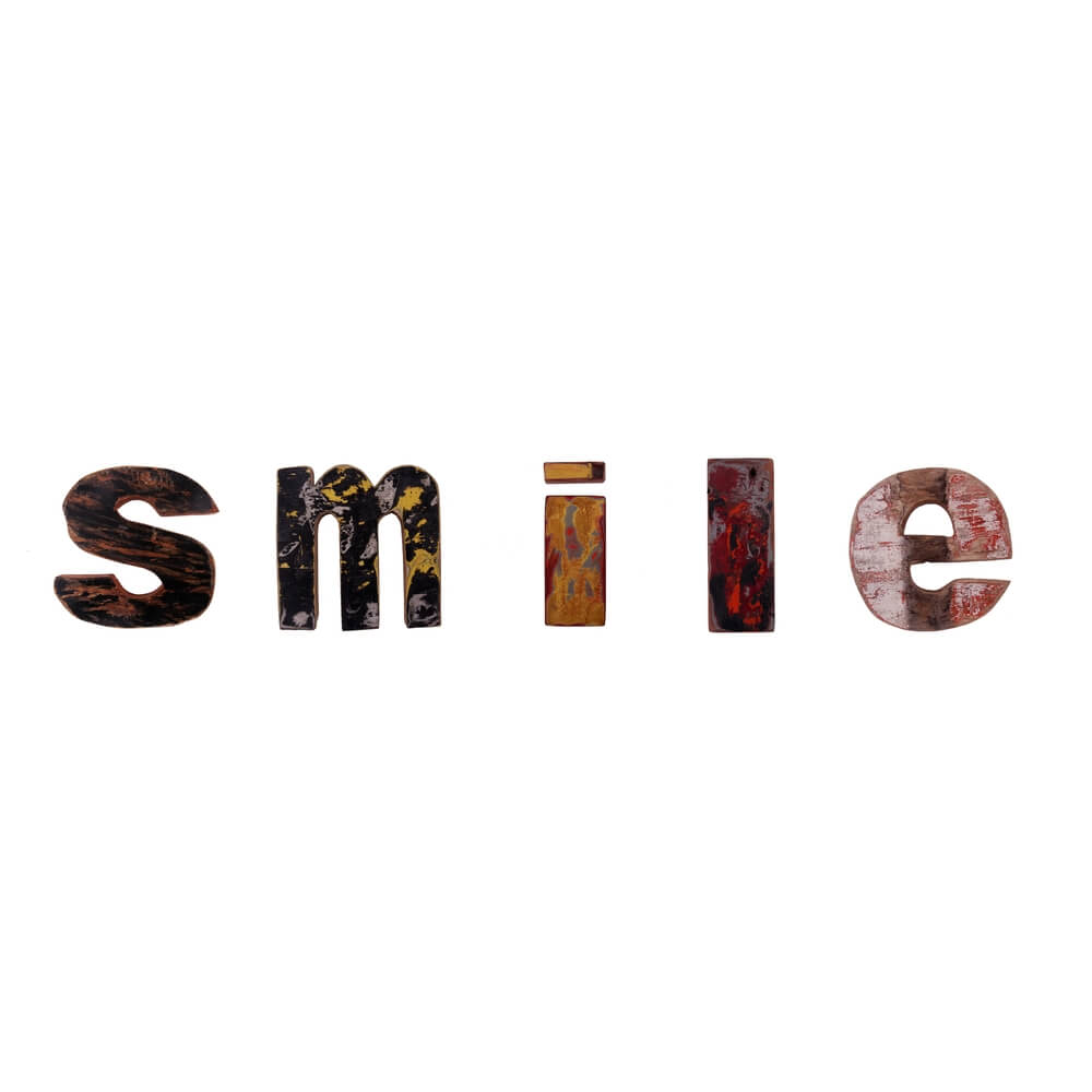 RECYCLED WOODEN LETTERS | word - smile |