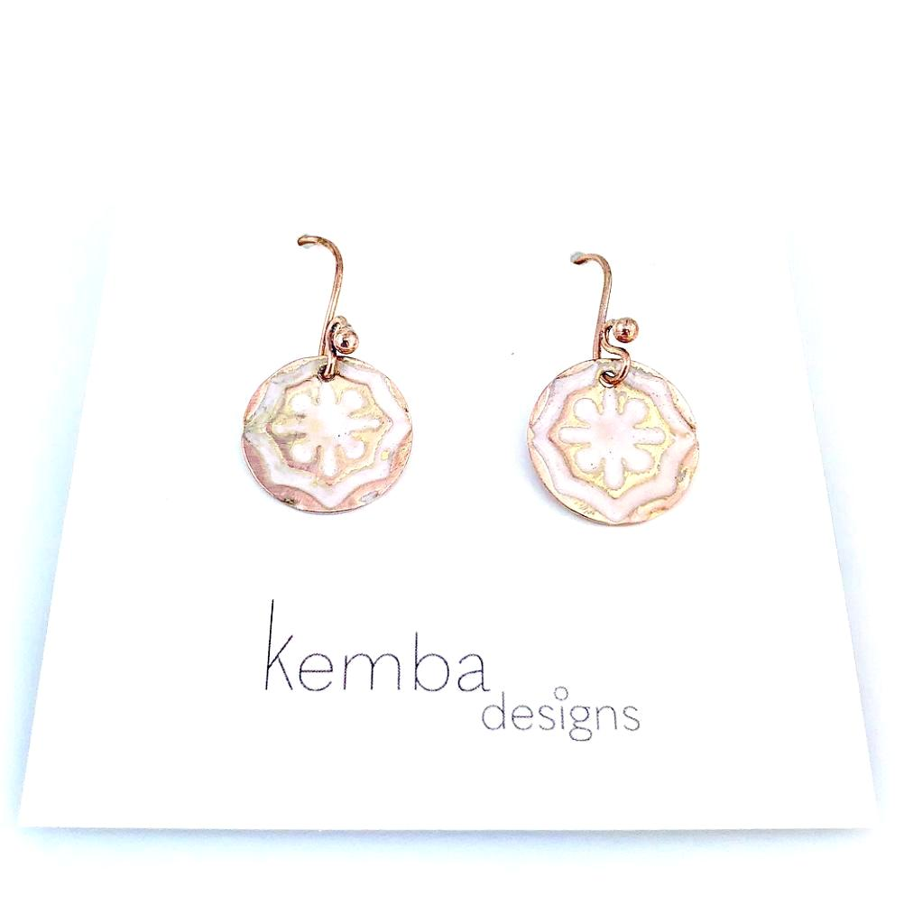 """Impressions"" Flower Earrings (white)"