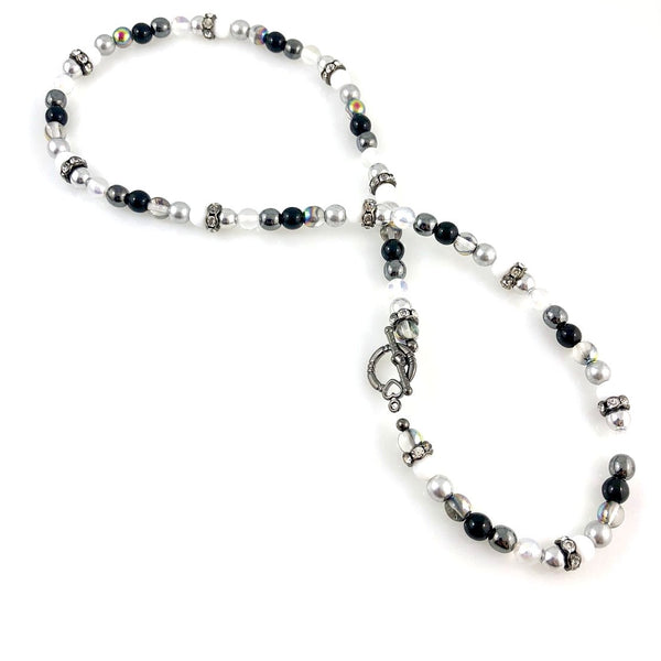 """Classical"" Necklace (Black & White)"