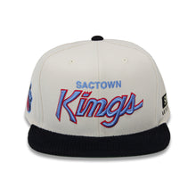Load image into Gallery viewer, Exclusive - Mens  SWISH CE Script Snapback - White