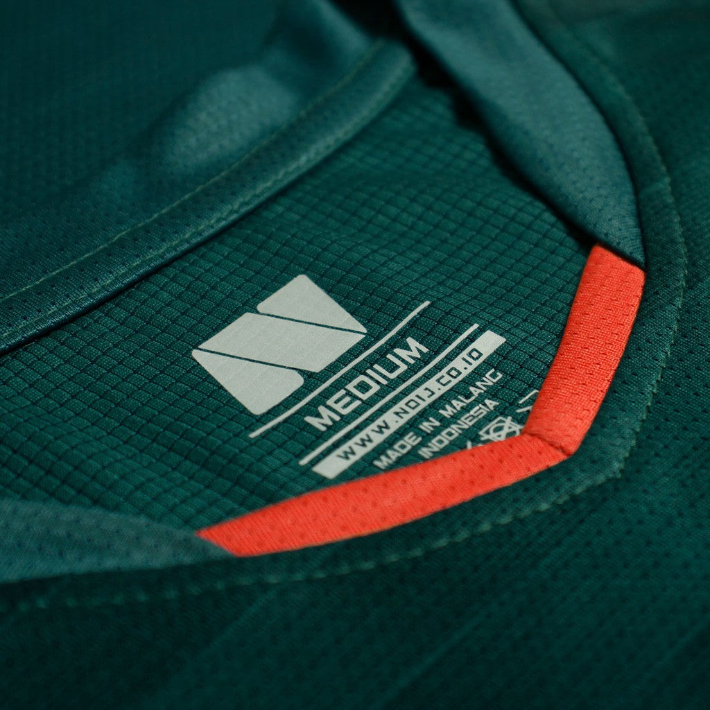 NOIJ BASIC SERIES 3.1 LONGSLEEVE DARKGREEN