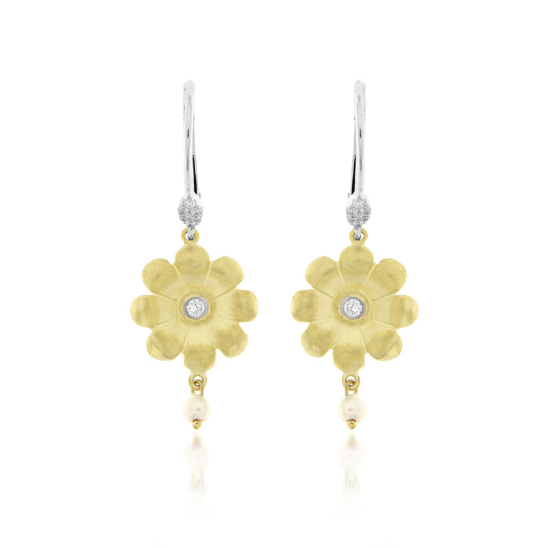 Brushed Gold and Pearl Flower Earring