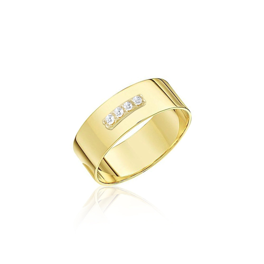 Brushed Yellow Gold Ring With Diamond Details