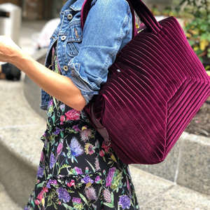 The Large Brigitte Bag in Wine