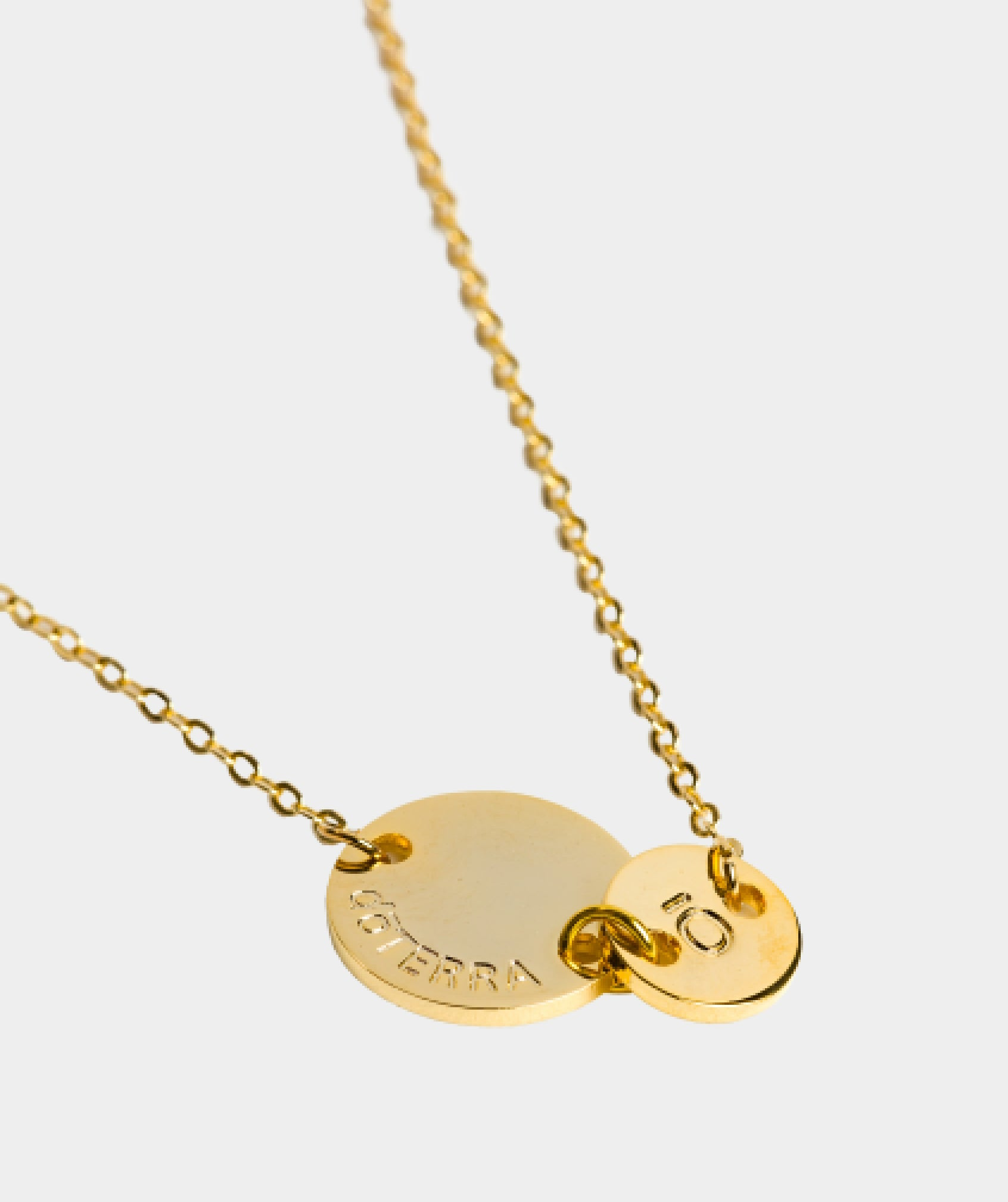 Momento Necklace