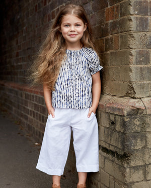 Load image into Gallery viewer, Girls Cropped Lylah Pant - White