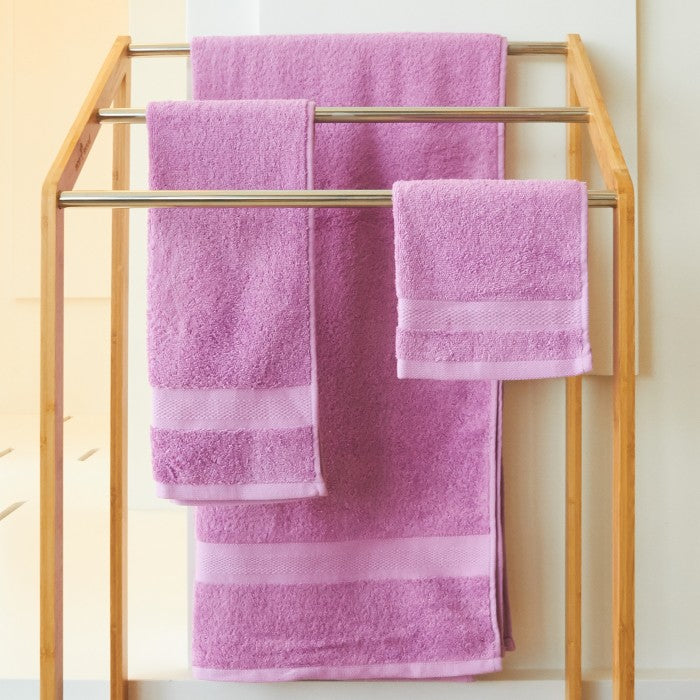JEAN PERRY HOLLYWOOD TOWEL SERIES