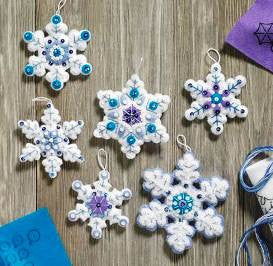 86724 BUCILLA FELT APPLIQUE CHRISTMAS ORNAMENTS-SPARKLE SNOWFLAKE-SET OF 6