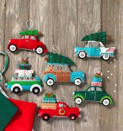 86836 BUCILLA FELT APPLIQUE CHRISTMAS ORNAMENTS-HOLIDAY SHOPPING SPREE-SET OF 6
