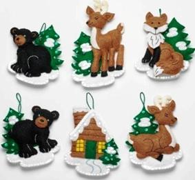 86947E  BUCILLA FELT APPLIQUE CHRISTMAS ORNAMENTS-SANTA BLACK BEAR CABIN-SET OF 6