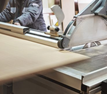 3 Things to Consider Before Buying Woodwork Machiner