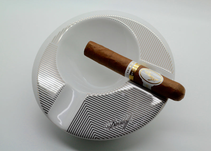 2 Cigar Round Porcelain Ashtray