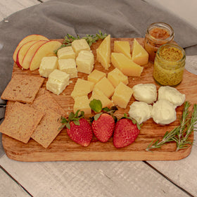 LiveAltlife Cheese Board with Low Carb Preserves, 1 Unit