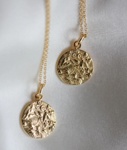 "Load image into Gallery viewer, ""In The Garden"" Necklace"