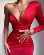 Load image into Gallery viewer, High Quality Celebrity White Red One Shoulder Bodycon Dress Homecoming Party Bodycon Dress Vestidos