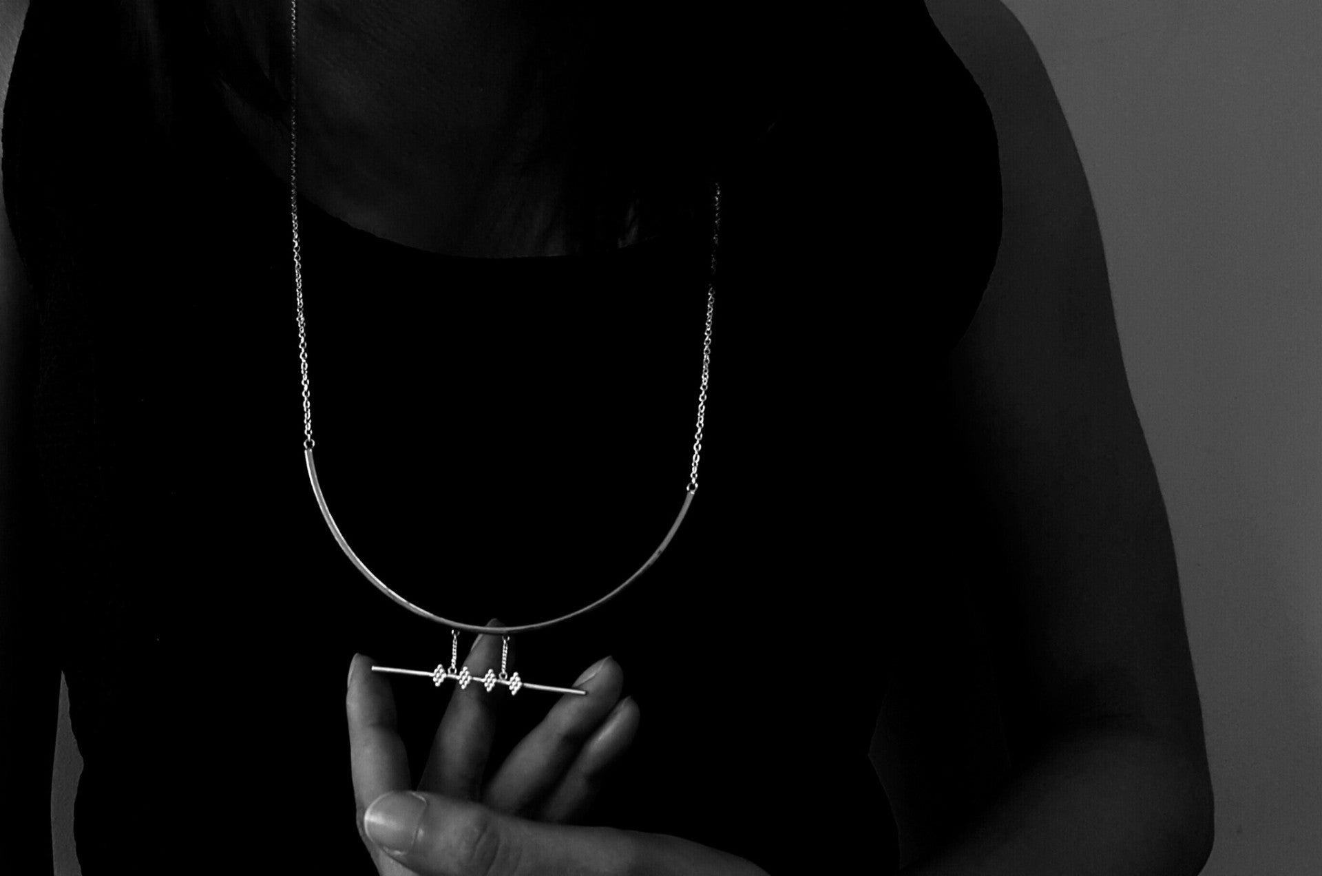 'Manka' Necklace (Silver Version)