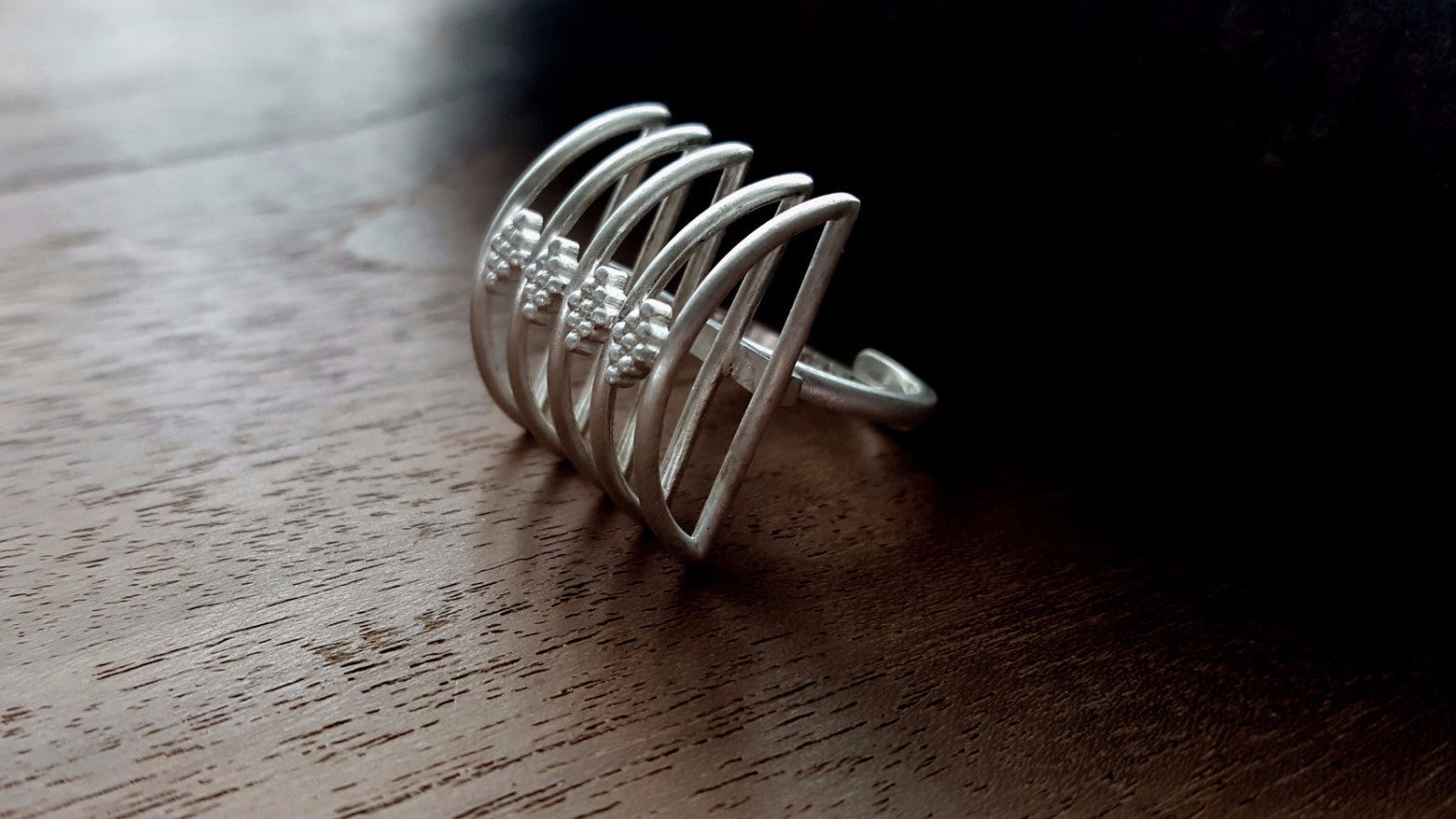 Mini 'Meend' Adjustable Ring