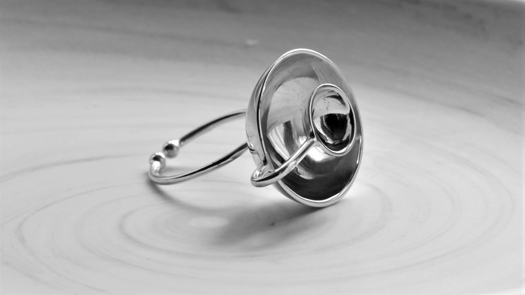 'Baanley' Adjustable Ring