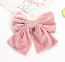 Load image into Gallery viewer, Oversized Velvet Hair Bow