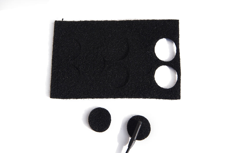 BLACK UNDERCOVERS - PACK OF 30 USES