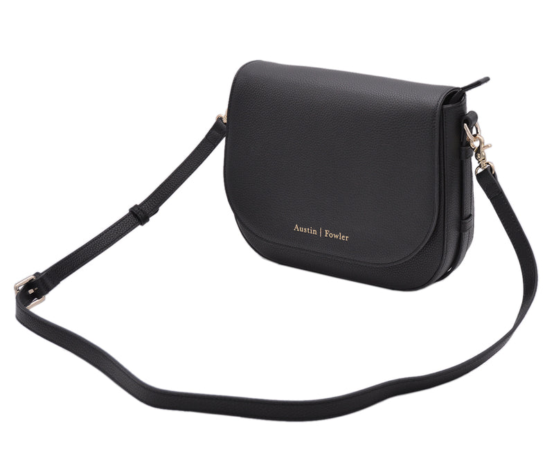 the omaha handbag in black