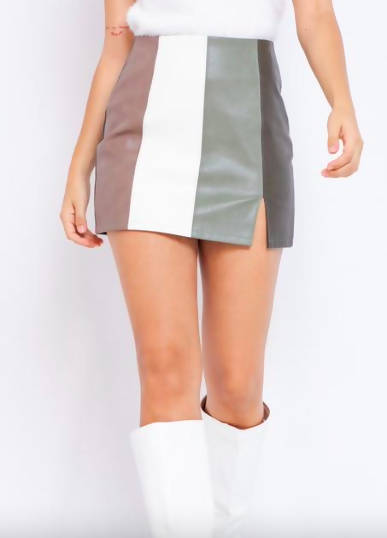 70s INSPIRED PANELED VEGAN LEATHER SKIRT