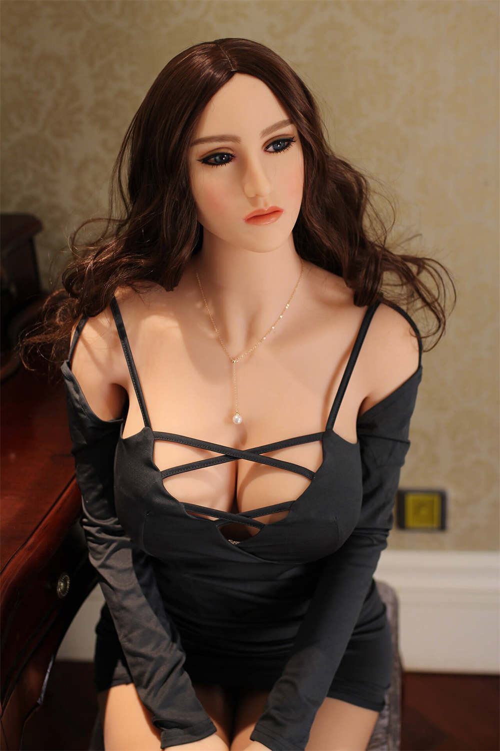 Alisa Curvy Sex Doll - Blonde Love Doll with Big Breasts and Butt
