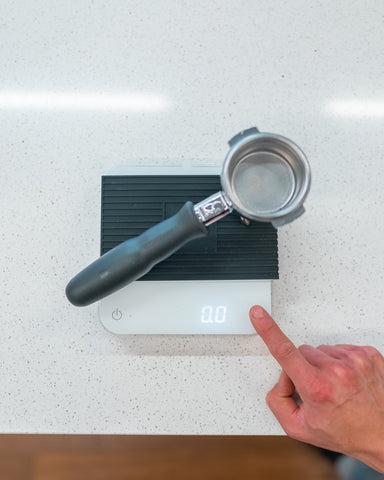 group-handle-on-scale