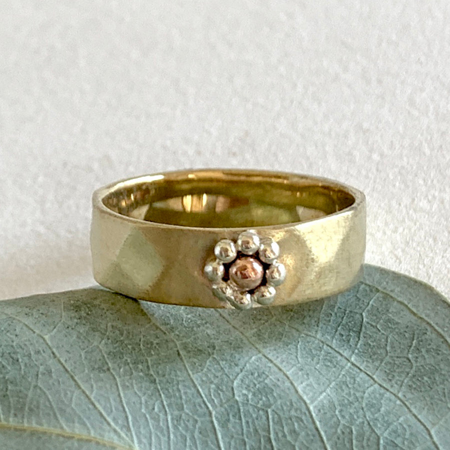 The Flower Ring (RG04B)