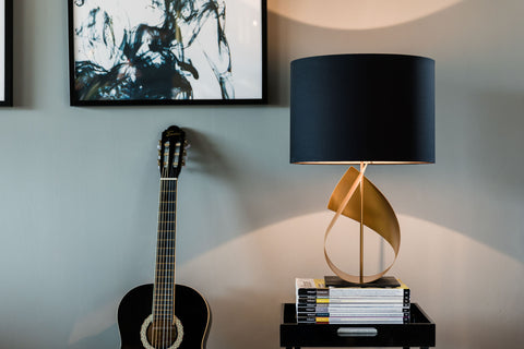 gold table lamp in living room