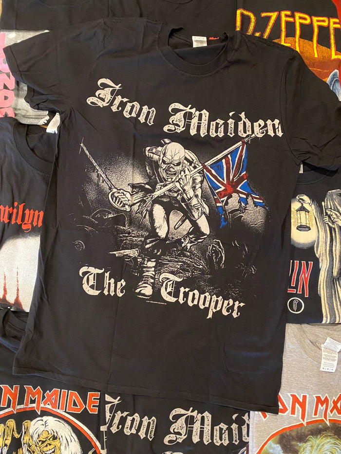 IRON MAIDEN UNISEX TEE: SKETCHED TROOPER (BACK PRINT)